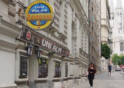 2€ Bar Mo-Sa 18-02h